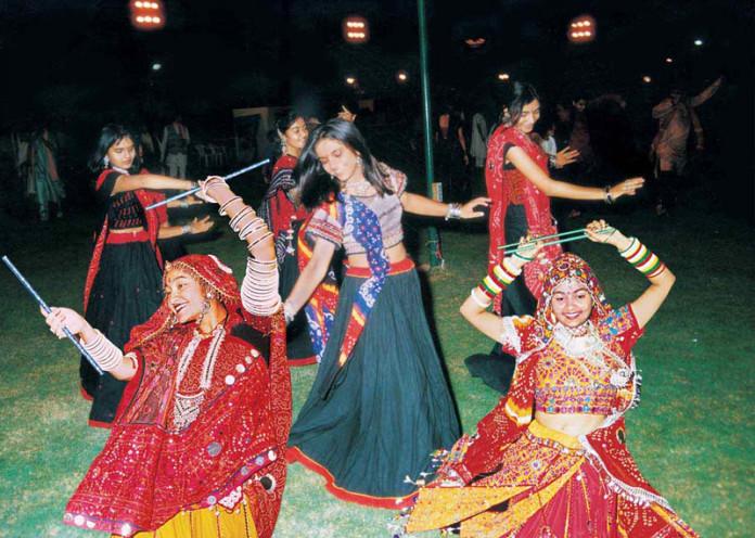 Bandhej Lehenga Choli