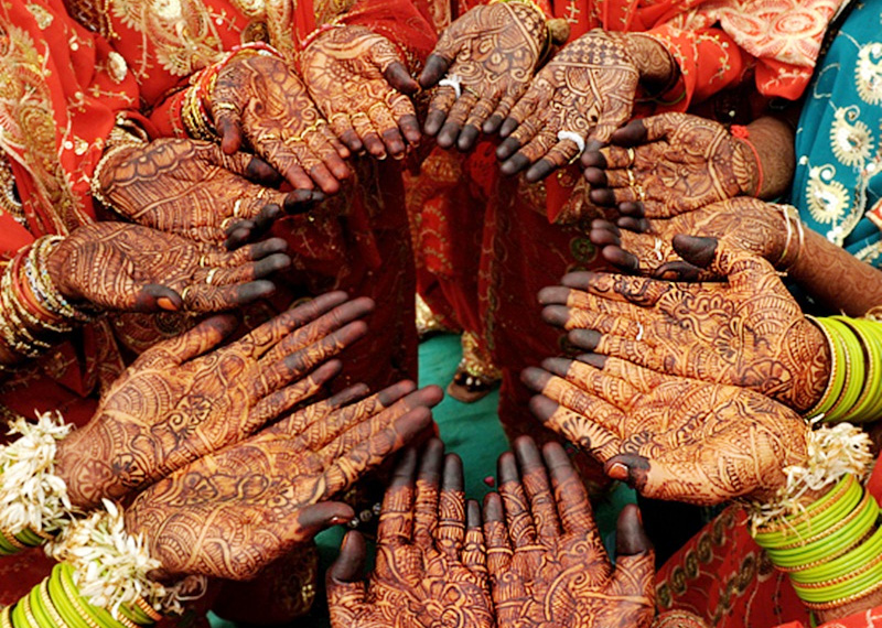 8 Tips To Organize Your Mehendi Function Mehndi