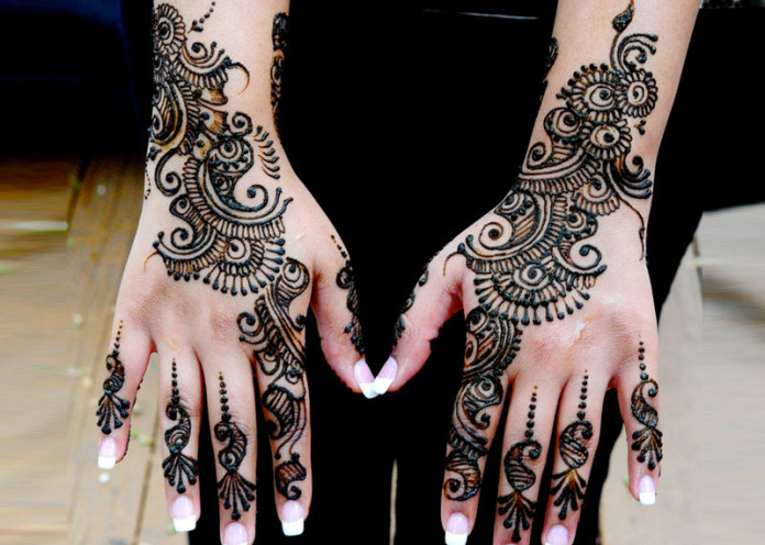 Indo-Arabic Mehndi Designs