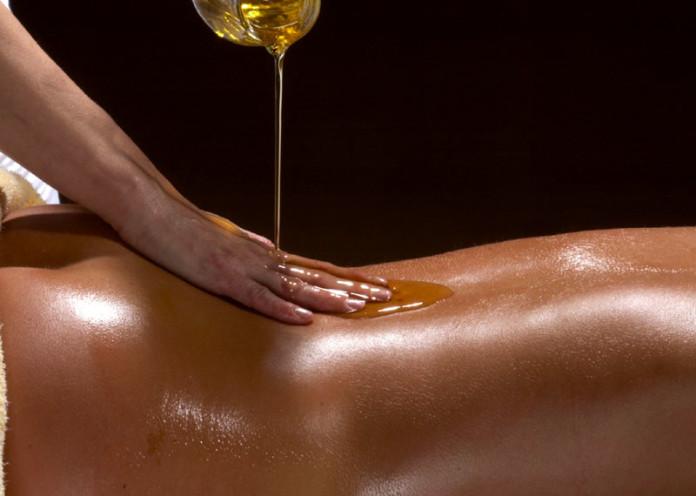 Massages with hot oils