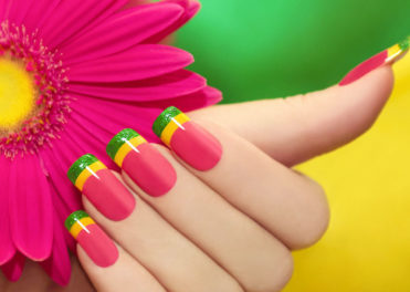 How to give yourself a perfect professional manicure at home