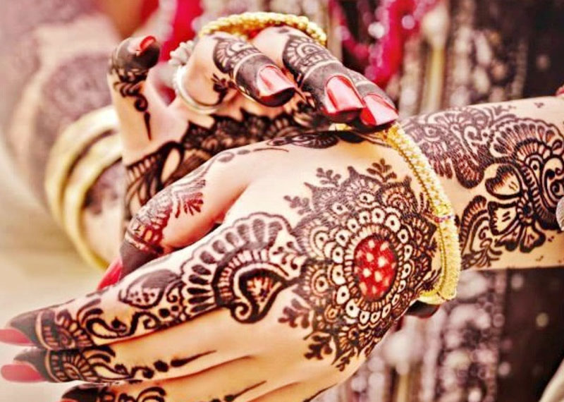 Mehndi Party Pictures : Amazing mehndi party ideas for a memorable