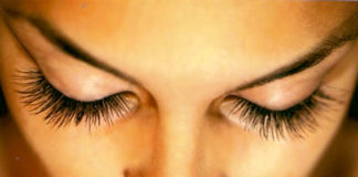 False Eyelash for Natural Look