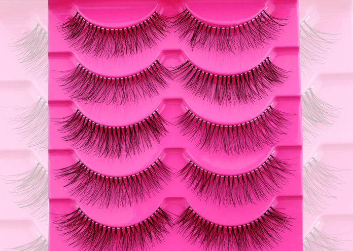 Choose invisible band lashes