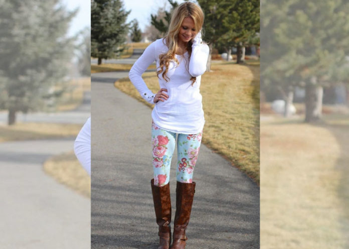 Style tips for wearing floral printed jeggings