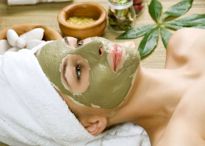 Rosewater, Multani Mitti and Lemon Mask