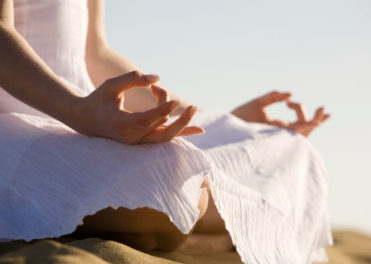 Sneaky Places To Meditate While Travelling