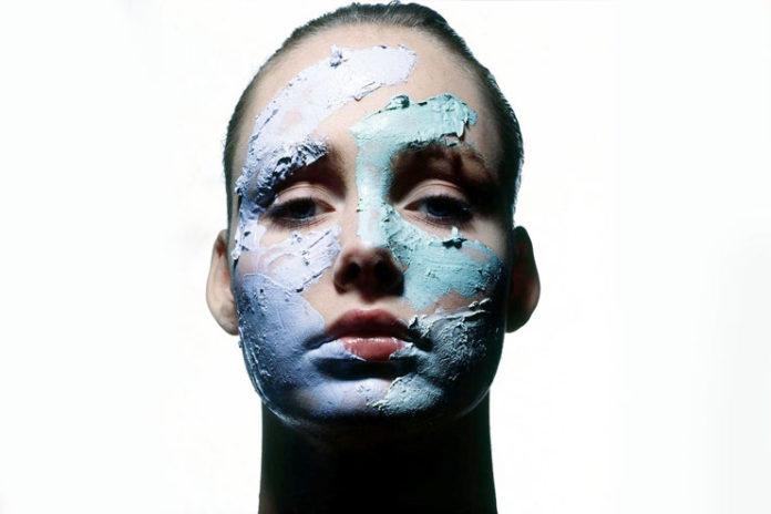 Clay detox mask