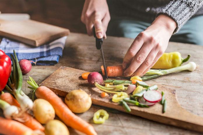 eating organic foods