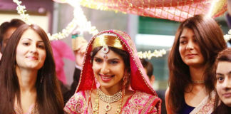 Bridal Wear Of Kashmiri Pandits