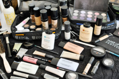 8 Essential Makeup Products for Beginners
