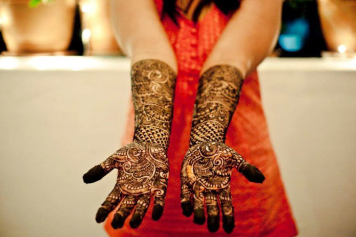 Ashraj Mehndi Designers