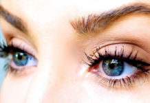 Grow Natural Eyelashes