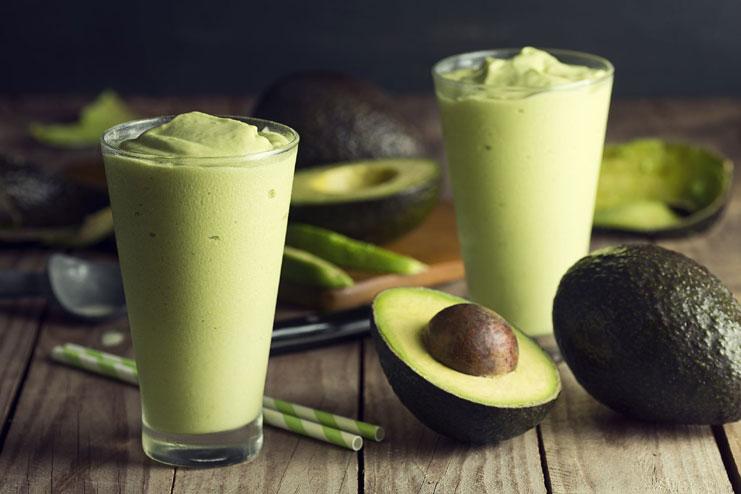 Drinking avocado juice for healthy skin