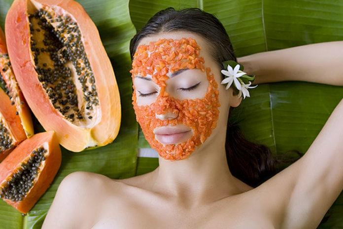 Revitalize the face with organic papaya mask