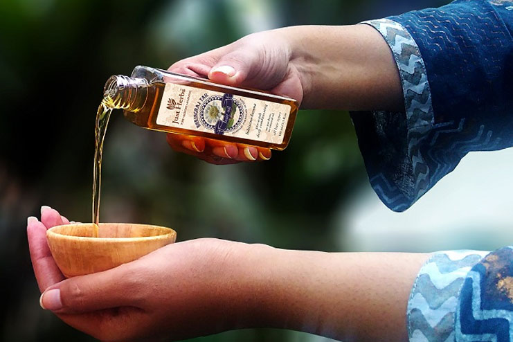 Bhringaraj oil