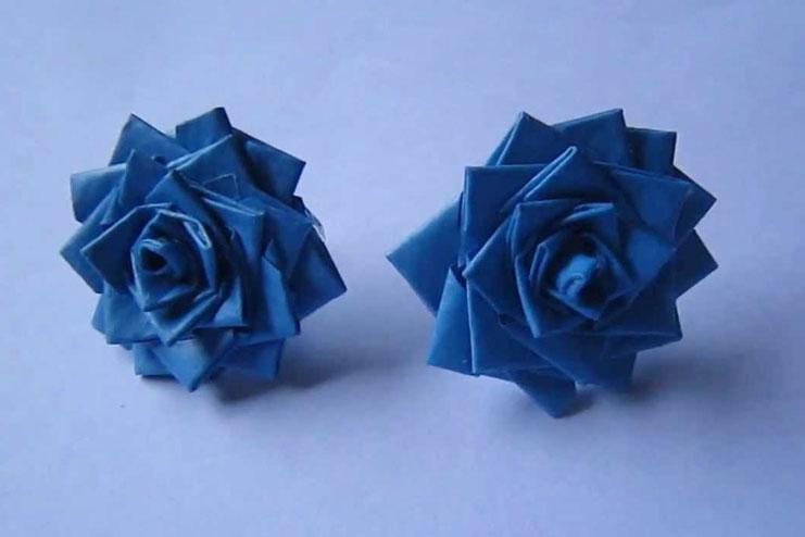 Paper rose earrings