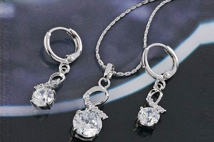 Platinum jewelry set