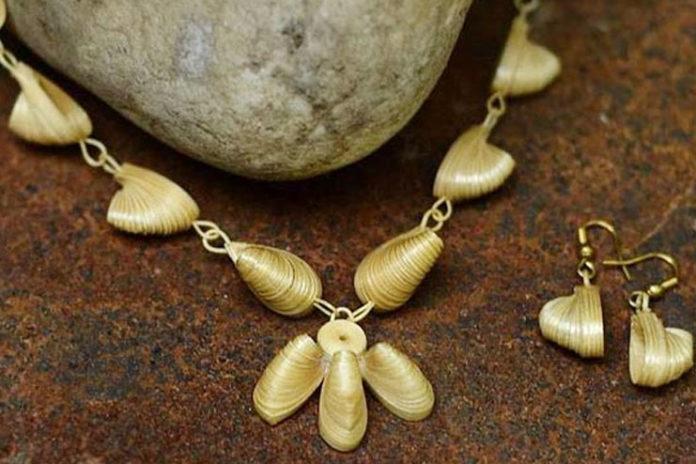 Soft bamboo jewelry set