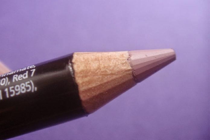 Warmer Lip Liner