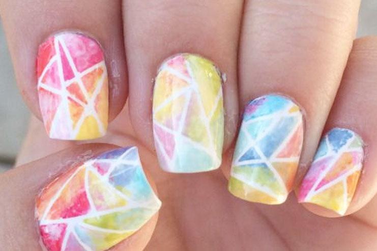 Spray nails
