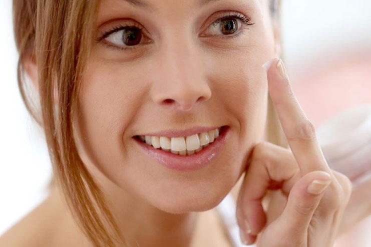 Use alcohol-free cosmetics