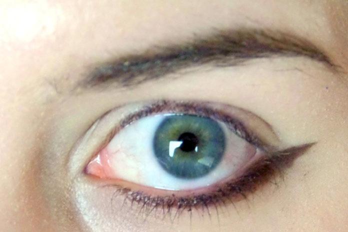 Fix Eyeliner