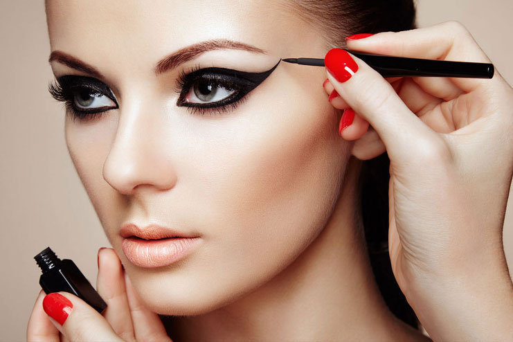 How To Apply Cat Eye Makeup Makeup Tips To Create Cat Eyes