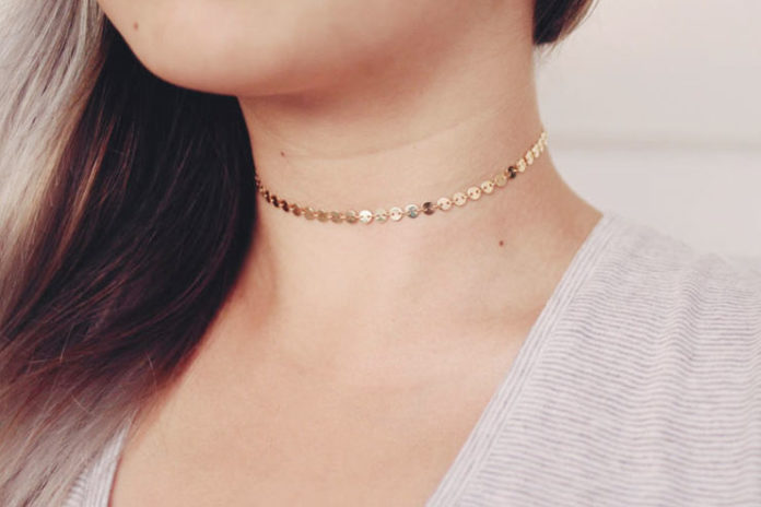 Gold coin disc choker necklace