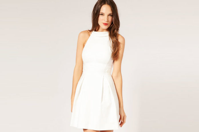 Casual Looking White or Off-White Dress