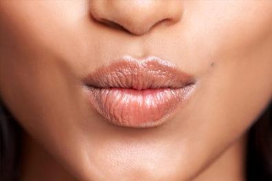 Ways To Get Rid Of Dark Lips Naturally Overnight