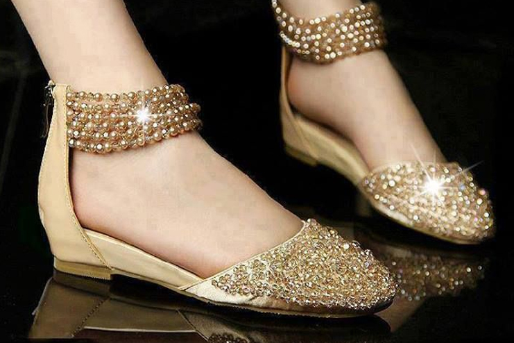 2.Golden Belly Fashion Footwear