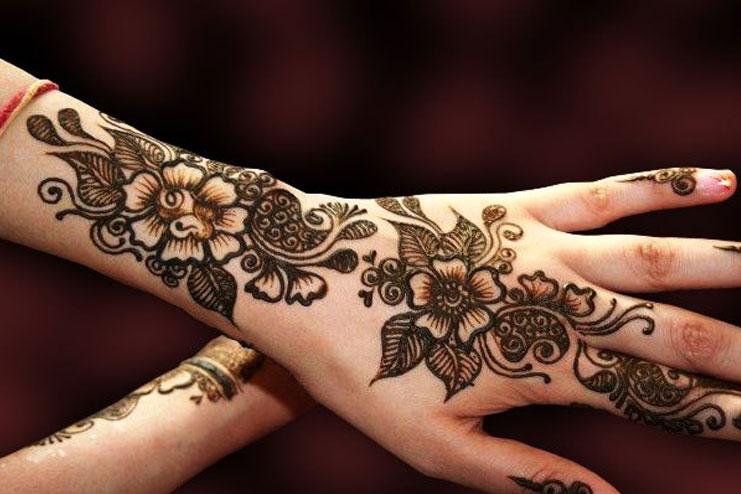 Floral Kashmiri Mehndi Design