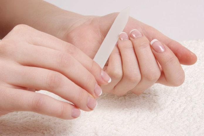 Shaping of nails