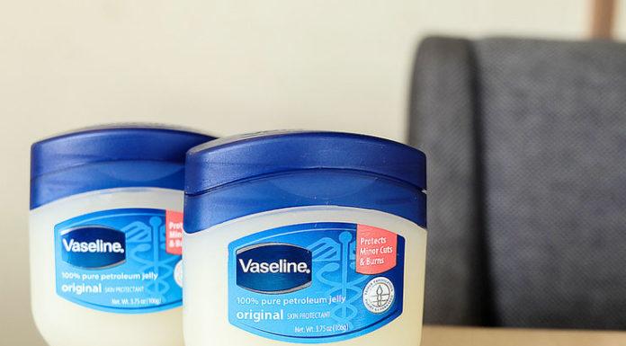 Beauty Hacks Using Vaseline