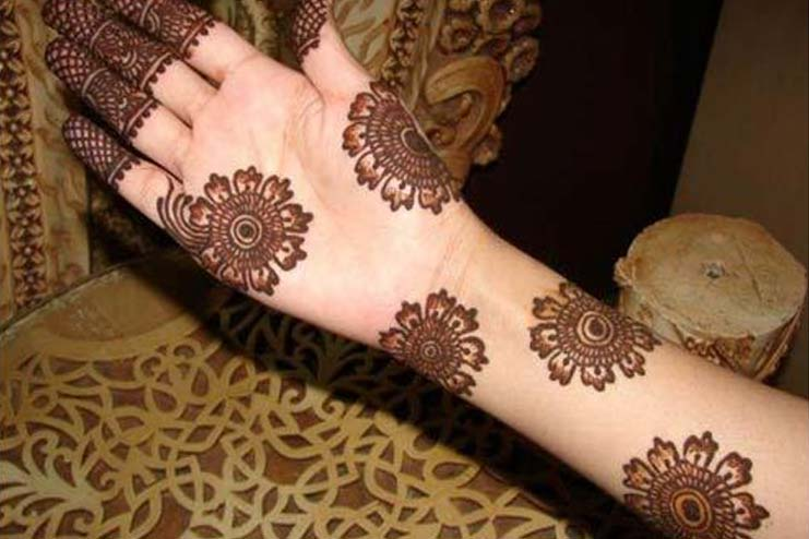 Out Of The Box Arabic Mehndi Design