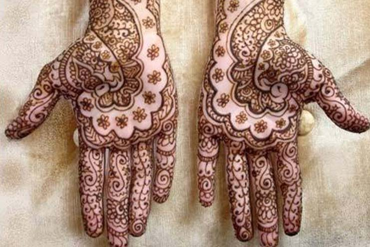 Floral Patterned Mehndi Design