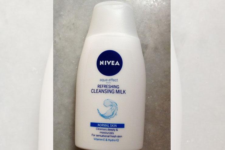 Nivea Aqua Effect Refreshing Cleansing Milk