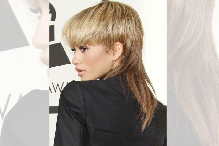 Sectioned bangs with feather cut hairstyle