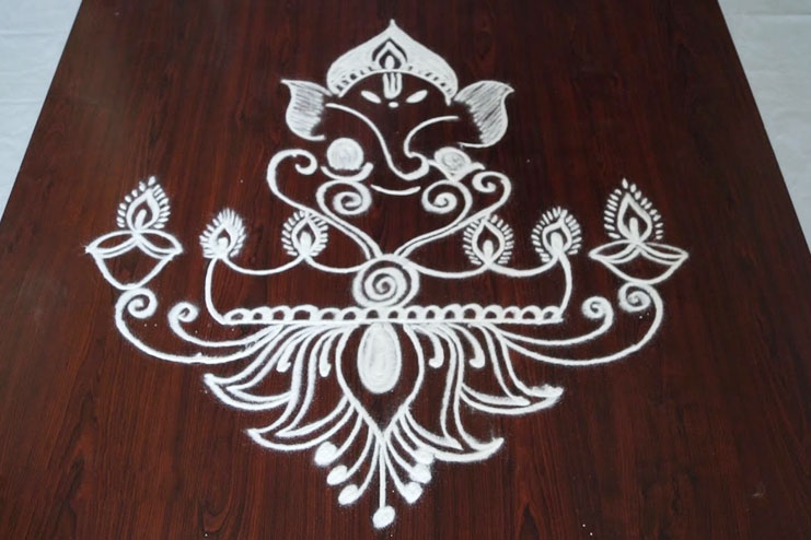 single colour simple rangoli design