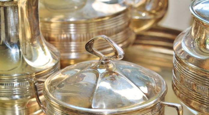 How to Clean Silver : Easiest Ways To Clean Your Silver items