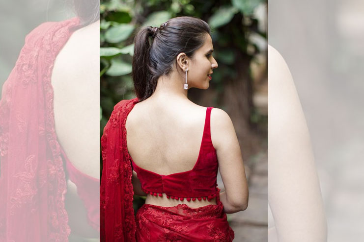 88792b57b41e96 12 Best Sleeveless Blouse Designs Perfect For Every Saris