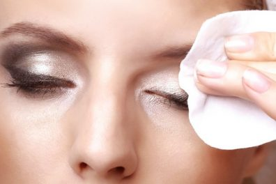 10 Classic Makeup Removal Mistakes, All The Women Are Doing