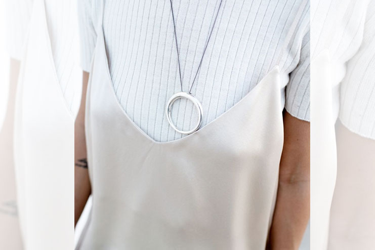 Long neck piece with dress over shirt style