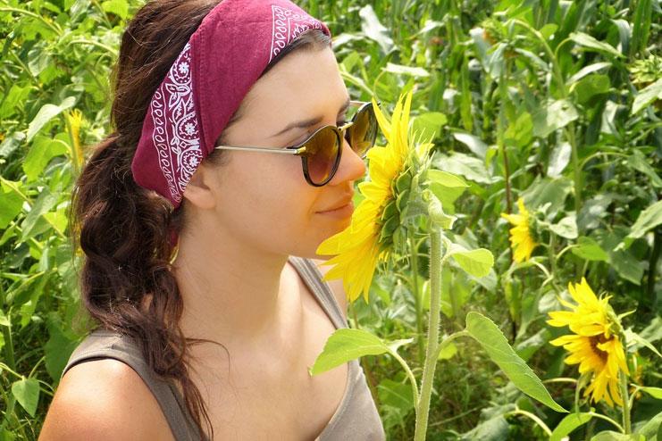 Creating a wide headband