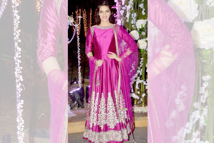 KirtiSanon-What to wear to a sangeet
