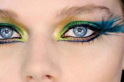 How To Do The Glamorous Peacock Eye Makeup