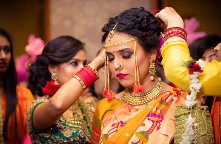 Maharashtrian-bridal-hairstyles01