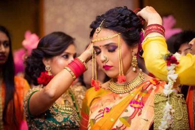 Excellent And Exquisite Ideas For Maharashtrian Bridal Hairstyles