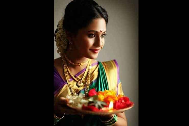 Maharashtrian-bridal-hairstyles11